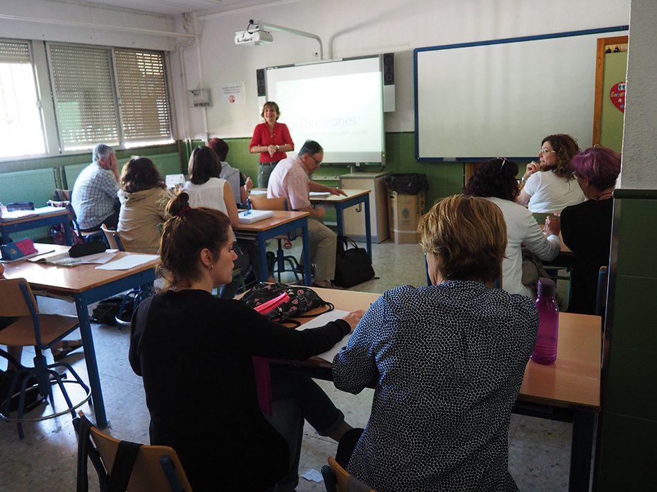 Charlas de orientación académica y profesional para padres y madres