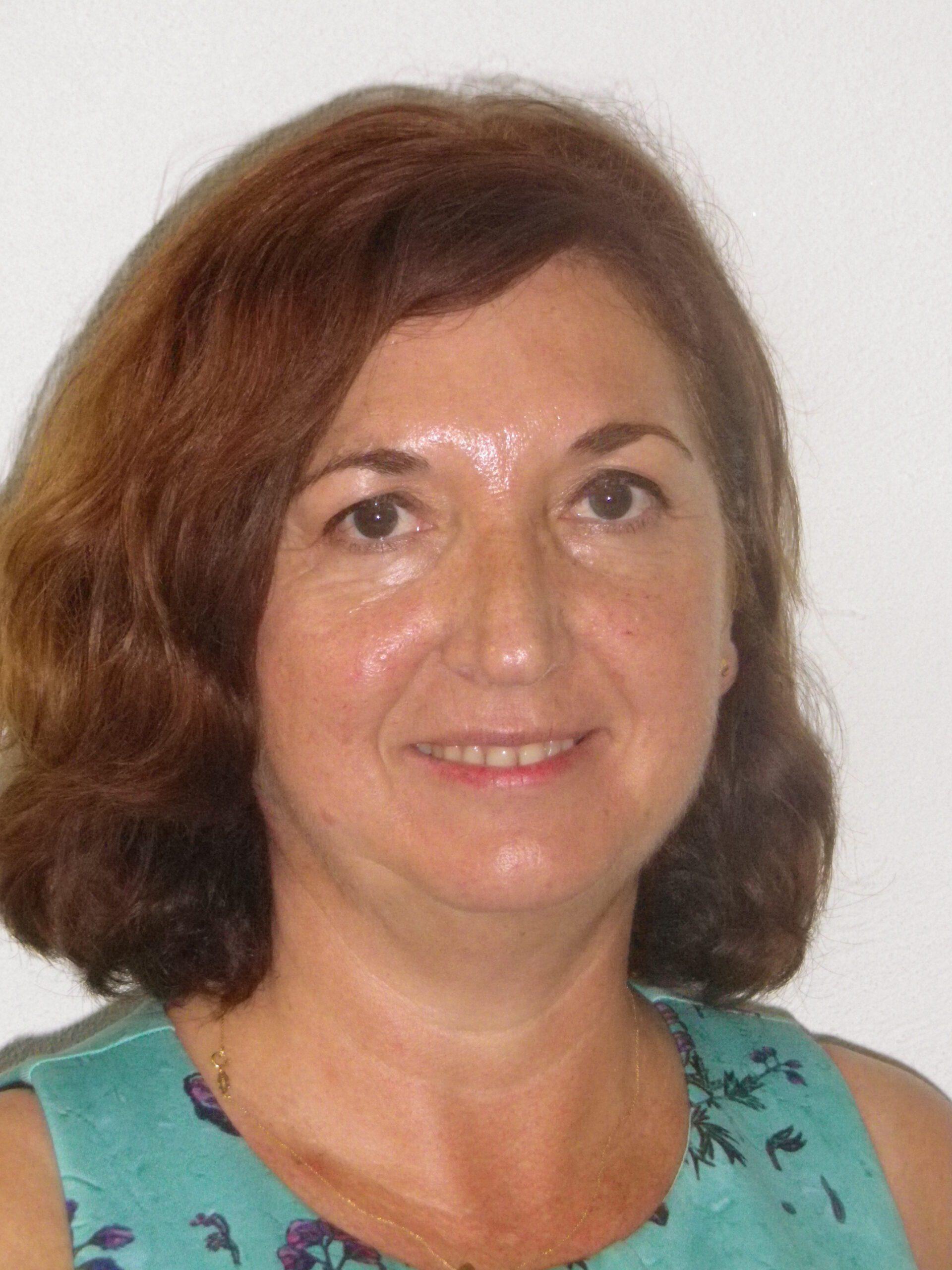 Dª Rosario Iáñez Ruiz
